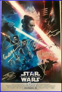 Star Wars The Rise of Skywalker Signed by 10 Cast 12x18 World Premiere
